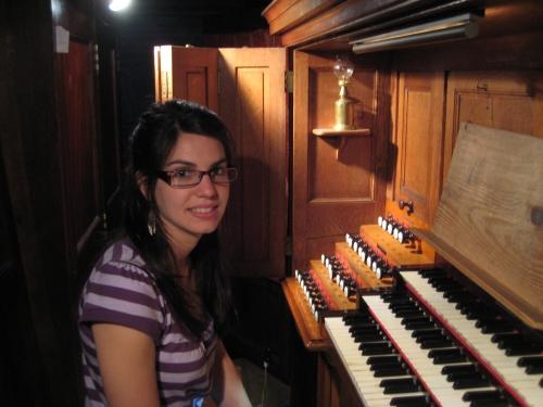 Miriam Cepeda, organista