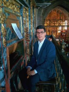 Alberto Moñivas, organista