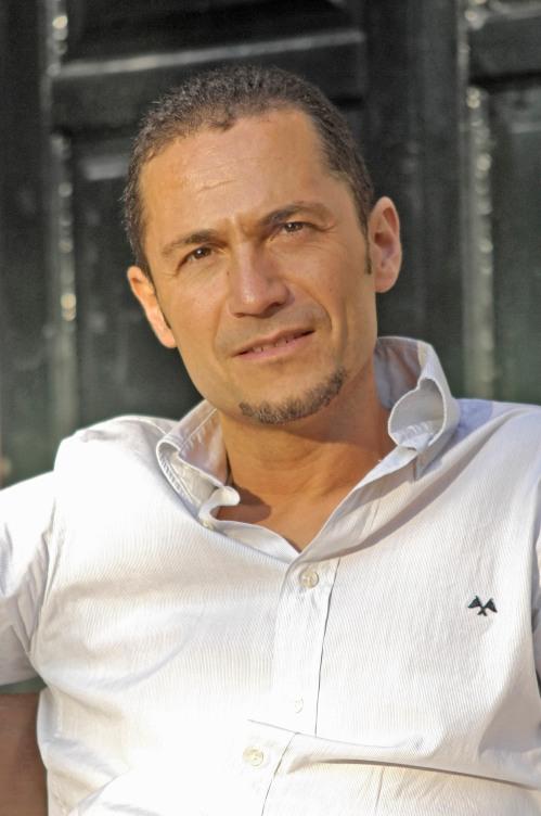 Óscar Candendo, organista
