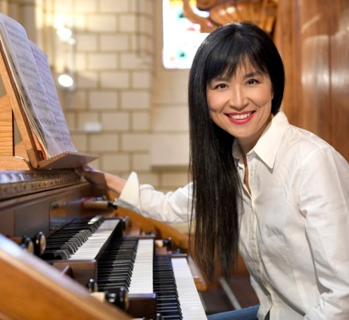 Riyehee Hong, organista
