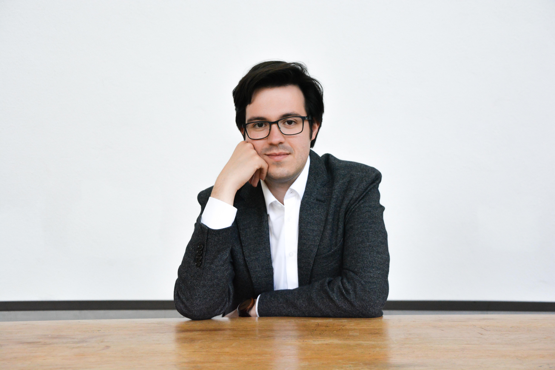 Víctor Baena, organista